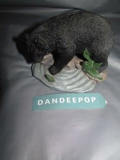 Young's Incorporated Black Bear Resin Figurine #youngsinc #blackbear #bear #figurine #resin #dandeepop Find me at dandeepop.com