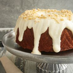 Cinnamon Hazelnut Bundt Cake with Brown Butter Glaze from Bake or Break is a sweet, nutty cake with amazing flavor. A perfect end for a special dinner!