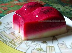 Resep Puding Buah Naga Berlapis Susu -_Resep Masakan Indonasia Bread Cake, Agar, Indonesian Food, Pudding Recipes, Food Items, Asian Recipes, Oreo, Jelly, Delicious Desserts