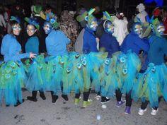 "Disfraz de grupo ""Pavo real"".  Sábado, 9 de febrero de 2013."