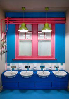 Espacios Cool para Niños: Colegio renovado con intensos colores - DecoPeques