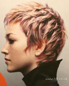 Today we have the most stylish 86 Cute Short Pixie Haircuts. We claim that you have never seen such elegant and eye-catching short hairstyles before. Pixie haircut, of course, offers a lot of options for the hair of the ladies'… Continue Reading → Blonde Pixie, Red Blonde, Short Blonde, Brunette Pixie, Hair Styles 2014, Curly Hair Styles, Hairstyles Haircuts, Cool Hairstyles, 2018 Haircuts