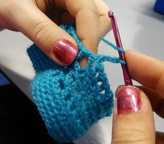 Haken 5 Fingerless Gloves, Arm Warmers, Crochet Necklace, Craft Work, Mittens, Crochet Collar, Cuffs, Fingerless Mitts, Fingerless Mittens
