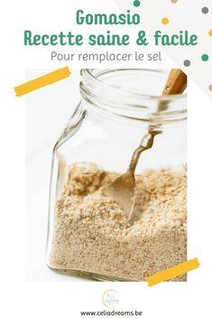 """Découvrez ma recette du #gomasio """"maison"""" (à base de sésame torréfié): la meilleure #alternative au sel de cuisine! Riche en vitamines et minéraux, le gomasio est bien plus sain que son homologue raffiné. Il est préférable au sel de table car l'huile provenant des graines de sésame légèrement broyées qui enrobe le sel,rend ce dernier plus assimilable par l'organisme que le sel de table ordinaire Sesame, Girl Cooking, French Girls, Blog, Coin, Alternative, Dreams, Vegan, Cooking Recipes"""