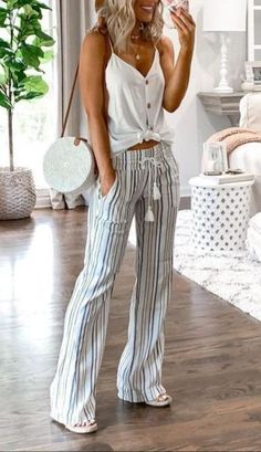 Simple Summer Outfits, Cute Casual Outfits, Spring Outfits, Smart Casual Women Summer, Casual Summer Clothes, Summer Clothes For Women, Style Summer, Summer Pants Outfits, Summer Outfits Women 30s