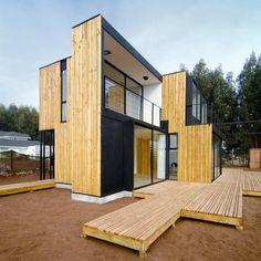 me encanta la utilizacion del espacio pequeño en casas de arquitectura bella y funcional y ademas con materiales nobles