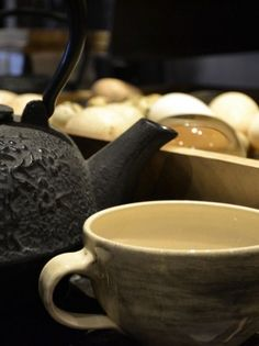 Handmade South African earthenware service. For more information: www.mvninteriors.com