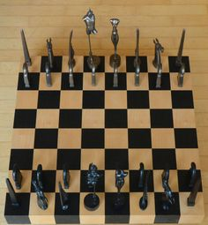 Chess sets on pinterest karim rashid frank gehry and basel - Karim rashid chess set ...