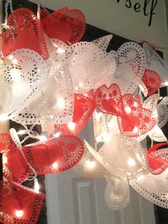What a great idea!!Heart garland! Could use regular lace doilies for any special day!!