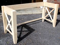 diy desk How to build a DIY writers desk. Tutorial and free plans by Jen Woodhouse Diy Wood Desk, Diy Desk, Desk Plans Diy, Woodworking Desk Plans, Woodworking Projects Diy, Woodworking Classes, Youtube Woodworking, Popular Woodworking, Woodworking Videos
