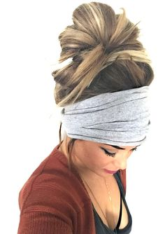 Gray Scrunch Headband Extra Wide Headband Turban Headband Extra Wide Jersey Headband Boho Headband Boho Head Wrap Women Teen Girls - The Perfect Messy Bun in 3 Easy Steps Headband Hairstyles, Messy Hairstyles, Pretty Hairstyles, Teenage Hairstyles, Shaved Hairstyles, Wide Headband, Headband Styles, Jersey Headband, Boho Headband