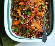 Warmly spiced Middle Eastern lentil salad with almonds, raisins, roasted carrots, and pomegranate vinaigrette. - by Maikin mokomin #vegan #glutenfree