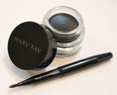 Mary Kay Gel Eyeliner in Jet Black – Moxie Mama Wear Mary Kay, Gel Eyeliner, Room Essentials, Powder Room, Jet, Cashmere, Closet, Ebay, Black