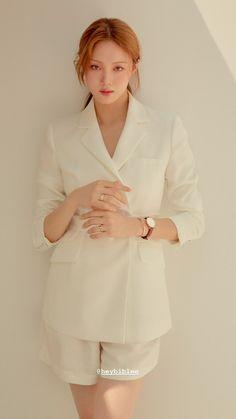 Kim Bok Joo Lee Sung Kyung, Kim Yoo Jung, Korean Actresses, Korean Actors, Lee Sung Kyung Photoshoot, Korean Girl Photo, Weightlifting Fairy Kim Bok Joo, Korean Model, Korean Fashion