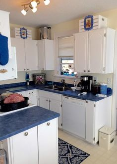 You might want to rethink the color of your kitchen when you see what this homeowner did!