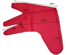 http://www.shop-japan.co.jp/english-boku/warring5.htm  Japanese Archer's Glove.