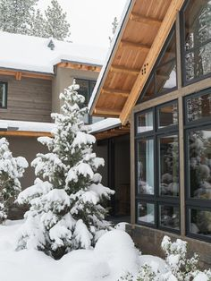 Winter wonderland, on-location from #HGTVDreamHome 2014  http://www.hgtv.com/dream-home/snow-pictures-from-hgtv-dream-home-2014/pictures/page-20.html?soc=pindream