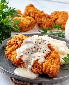 Fried Chicken Breast, Fried Chicken Recipes, Chicken Fried Chicken, Country Fried Chicken, Simple Fried Chicken Recipe, Simple Chicken Dishes, Recipes With Chicken, Healthy Fried Chicken, Healthy Dinner Recipes