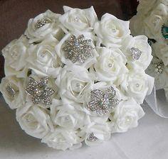 Ivory Brooch And Flower Bouquets Artificial Wedding Flowers Foam Rose Bouquet