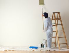 Top 10 Tips To Grow Your Interior House Painting Tips Painting plays an important in presenting a beautiful home. Here are some amazing interior house painting tips that you can try on next time you think to get your house painted. Dark Interiors, Office Interiors, Colorful Interiors, Interior Color Schemes, Interior Paint Colors, Interior Painting, Interior Design, Apartment Painting, House Paint Interior