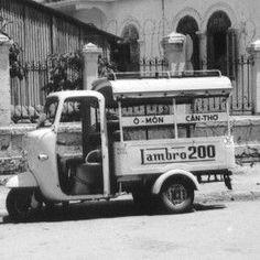Lambretta transportation, Can Tho, Vietnam 1965 Vespa Ape, Lambretta Scooter, Bus Engine, Piaggio Ape, Antique Motorcycles, Can Tho, South Vietnam, Gas And Electric, Classic Motors