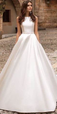 81 Best Classic Wedding Gowns images