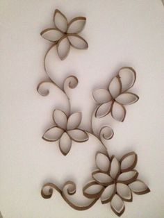 DIY wall decoration-made by reel spools