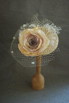 Headpieces Fascinators - Brautschmuck für die Picknickhochzeit! Creme nude - ein Designerstück von billies bei DaWanda