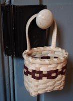 Doorknob Basket Pattern - by Wagner http://catalog.countryseat.com/doorknobbasketpattern-bywagner.aspx