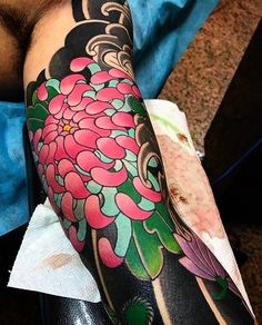 "4,412 Likes, 18 Comments - Japanese Ink (@japanese.ink) on Instagram: ""Japanese tattoo sleeve by @diaozuo. #japaneseink #japanesetattoo #irezumi #tebori #colortattoo…"""