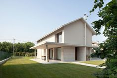 Detached House 01 850x567 Residential HOME Designed by MIDE Architects, in Italy