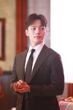 Asian Actors, Korean Actors, Poem Titles, Jin Goo, Sad Movies, Korean Drama Movies, Child Actors, Comedy Films, Kpop Guys