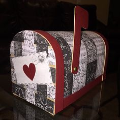 Valentine's Day Mailbox DIY | handmade with la~la~love |