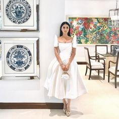 Lucy Torres-Gomez and daughter Juliana, Heart Evangelista, Jinkee Pacquiao, Tootsy Angara, define what dressed-down chic is at SONA Debut Gowns, Debut Dresses, Royal Dresses, Event Dresses, Modern Filipiniana Gown, Filipiniana Wedding Theme, Wedding Gowns, Filipino Fashion, Simple Gowns