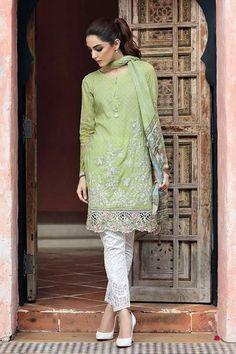 Online shopping for Indian & Pakistani Salwar Kameez Suits - Buy in Sydney, Melbourne, Perth, Brisbane, Australia and USA Pakistani Lawn Suits, Pakistani Salwar Kameez, Pakistani Dress Design, Kurti, Shalwar Kameez, Pakistani Dresses Online, Pakistani Outfits, Indian Outfits, Pakistani Models
