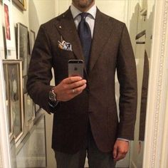 http://chicerman.com  manolosweden:  New Su Misura jacket from @orazio_luciano in a Loro Piana brown houndstooth in Wool/Cashmere. In my opinion one of the absolute best in the business with a traditional Neapolitan cut and style.  #menswear #style #jacket #sumisura #madetomeasure #madeinitaly #sartoria #napoli #orazioluciano #laverasartorianapoletana #loropiana #brown #houndstooth #inspiration #wiwt #tie #shibumiberlin  #menshoes