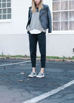 weekend-layers-ankle-pants-white-tee-grey-sweatshirt-leather-moto-jacket-slip-on-snekaers-via-jesshannah.com
