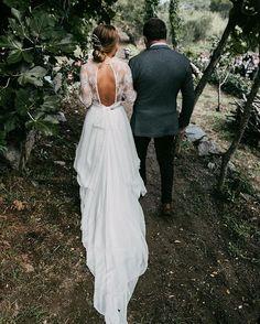 WEBSTA @ rodolfomcartney - Love is loveFoto @saraloblaphotographer #bride #lovely #groom #weddingphotography