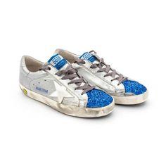 """Sneaker bassa modello """"Super Star"""" silver e bluette, vero Made in Italy della nuova Collezione firmata Golden Goose - Linea di calzature Bambina e Teenager.  #GGDB #goldengoose #shoponline #lookoftheday #fashion #moda #annameglio #teenager"""