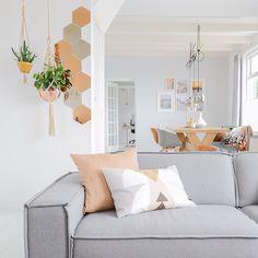 BLOG | New blogpost online about a work-free weekend at home // Bintihomeblog.com ( link in profile ) #bintihomeblog #interieur #blogger #blogpost #newblog #styling #stilist #wooninspiratie #instahome #living #decoration #ikea #festamsterdam #housedoctor #design #woonkamer #style #instadeco #interior4all