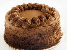 Jak zrobić wyśmienity tort ambasador? Podajemy dobry przepis