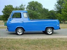 1961 Ford Econoline....My Daddy's was just like this one.