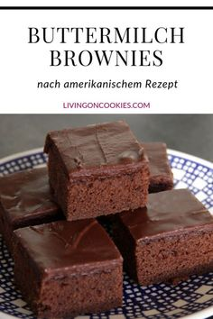 Whether you prefer to say cake or brownies doesn't matter because these brownies are simply excellent. Try the recipe! Buttermilk brownies Lieselotte Damm lieselottedamm Kuchen rezepte blech Whether you prefer to s Brownie Desserts, Fall Desserts, Brownie Recipes, Cookie Recipes, Dessert Recipes, Brownie Icing, Cake Brownies, Dessert Blog, Cupcake Recipes