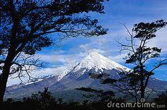 Volcan - Descarga De Over 32 Millones de fotos de alta calidad e imágenes Vectores% ee%. Inscríbete GRATIS hoy. Imagen: 18178340