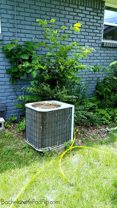 Cover an ugly Ac unit for $25 EASY TUORIAL Custom Vanity, Bachelorette Pad, Ac Units, Office Makeover, Before And After Pictures, Curb Appeal, Being Ugly, Home Crafts, Garden Landscaping
