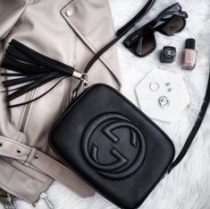 Gucci soho disco bag in black - absolutely to die for Gucci Purses, Gucci Handbags, Luxury Handbags, Gucci Bags, Purses And Handbags, Designer Handbags, Cheap Handbags, Designer Purses, Handbags Online