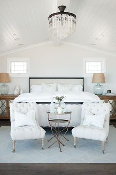 I love this master bedroom! The entire home is beautiful! House of Turquoise: Becki Owens Design Coastal Master Bedroom, Coastal Bedrooms, Master Bedroom Design, Dream Bedroom, Home Bedroom, Bedroom Decor, Bedroom Ideas, Bedroom Furniture, Modern Bedroom