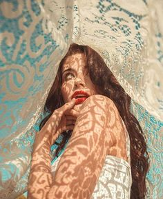 ideas for photography portrait ideas posing tips - Creative photography - Pose Portrait, Dark Portrait, Creative Portrait Photography, Portrait Ideas, Digital Photography, White Photography, Landscape Photography, Wedding Photography, Photography Business