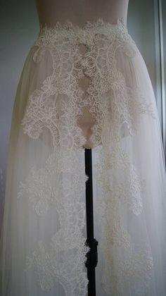 Detachable skirt train for wedding dress-NIKA. tulle by TIFARY