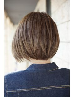 Asian Bob Haircut, Short Textured Bob, Bobs For Round Faces, Hair Color Caramel, Hair Secrets, Short Bob Haircuts, Grunge Hair, Hair Inspo, Dyed Hair